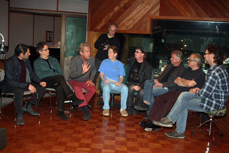 Bill Champlin discussing in-ear sound